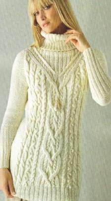 Белое платье вязаное спицами