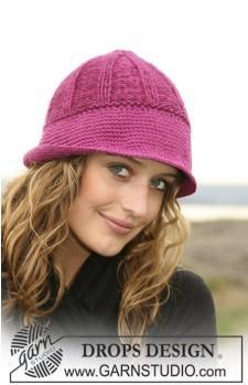 шапка вязаная спицами