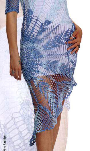 Платье голубое крючком