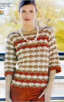 Полосатый вязаный пуловер крючком
