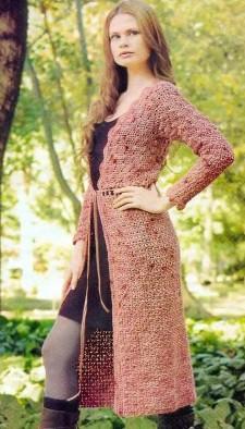 Вязаное крючком пальто