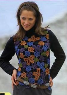 Пуловер вязаный из цветов