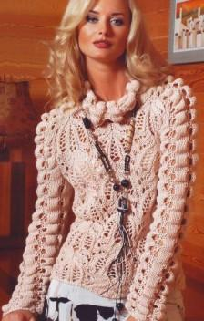 Пуловер с жатым узором