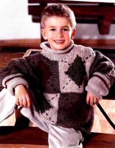 Детский пуловер с ромбами