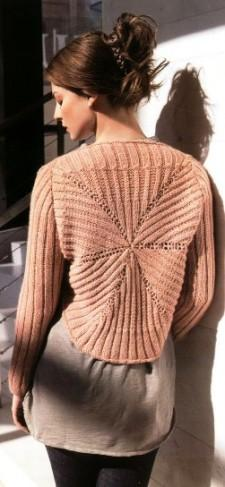 Вязаное розовое болеро