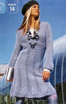 Платье с кокеткой с запахом вязание спицами