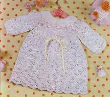 Платье вязаное для малышки
