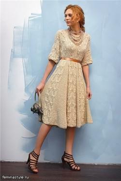 Платье в винтажном стиле вязаное спицами