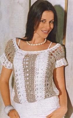 Пуловер с вертикальными полосами