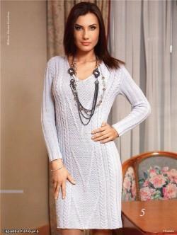 серое платье вязаное спицами