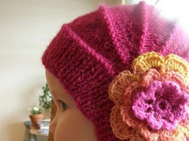 шапочка с ушками и цветком