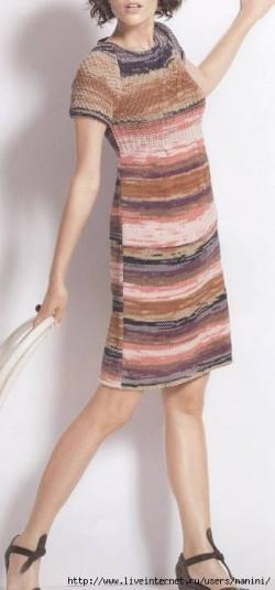 меланжевое платье вязное спицами