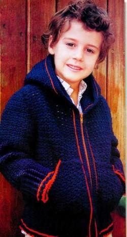 Пуловер с капюшоном мальчику 8 лет