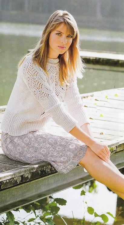 Пуловер реглан с ажурными полосами