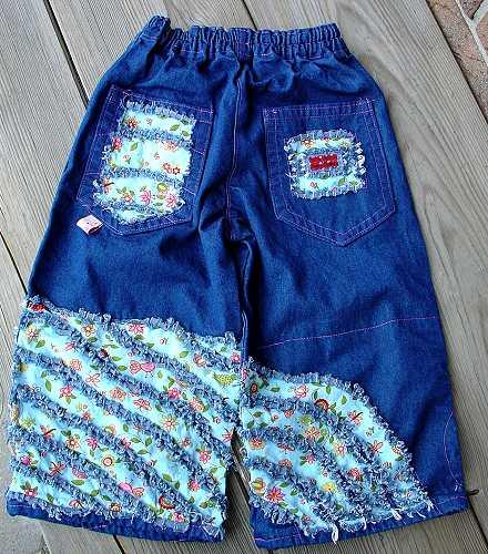 Декор детских джинс.
