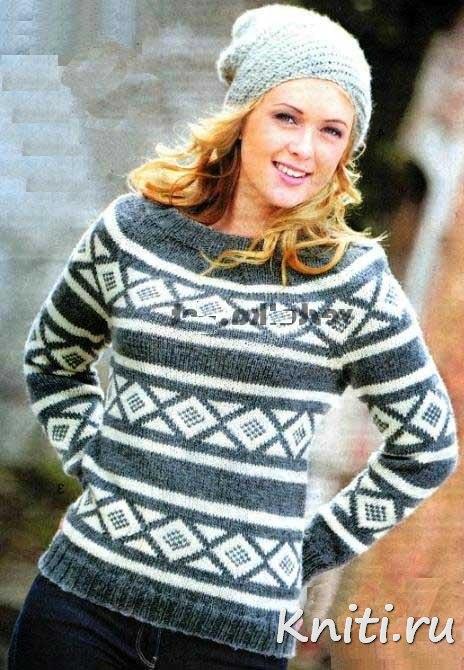 Вязаный пуловер из ромбов