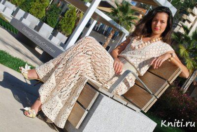 Ажурное платье светлых оттенков