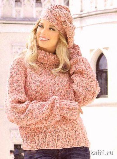 Пуловер вязаный спицами, шапка и гетры