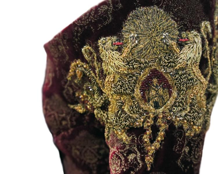 12-CERSEI-WEDDING-EMBROIDERY-BY-MICHELE-CARRAGHER