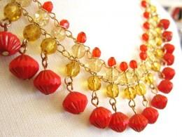 красное ожерелье