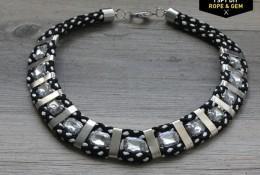 ожерелье со стразами